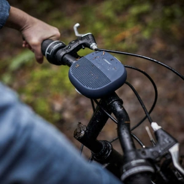 bose-soundlink-micro-speaker-mounted-to-bike